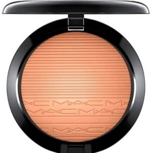 M.A.C Extra Dimension Skinfinish Glow With It